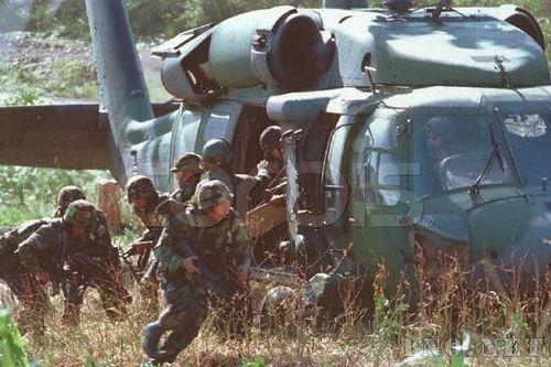 韩军组织兵力开始追捕朝鲜潜艇上的特工人员
