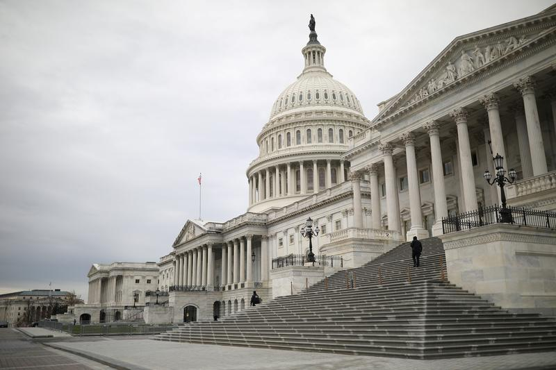 资料图片:2020年12月4日,美国华盛顿,国会大厦。REUTERS/Tom Brenner